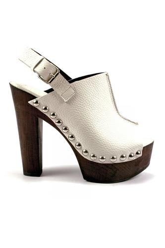 Juliette Wedge White, DUCA D'ASCALONA